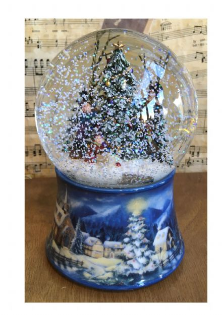 Decorating The Christmas Tree Musical Snow Globe